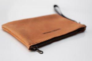 Wrist bag Tan zip