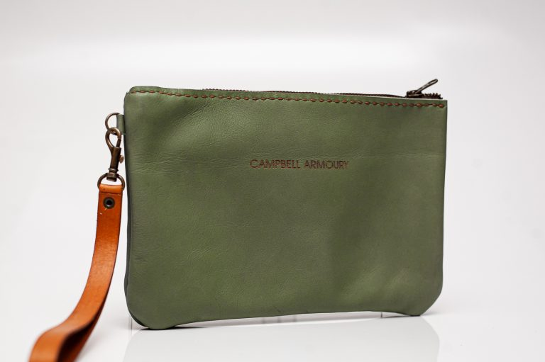 wrist clutch bag green